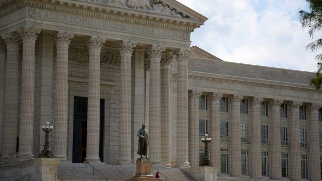 Missouri capitol front_1499776564890_23709220_ver1.0_640_360_1527012159864.jpg.jpg