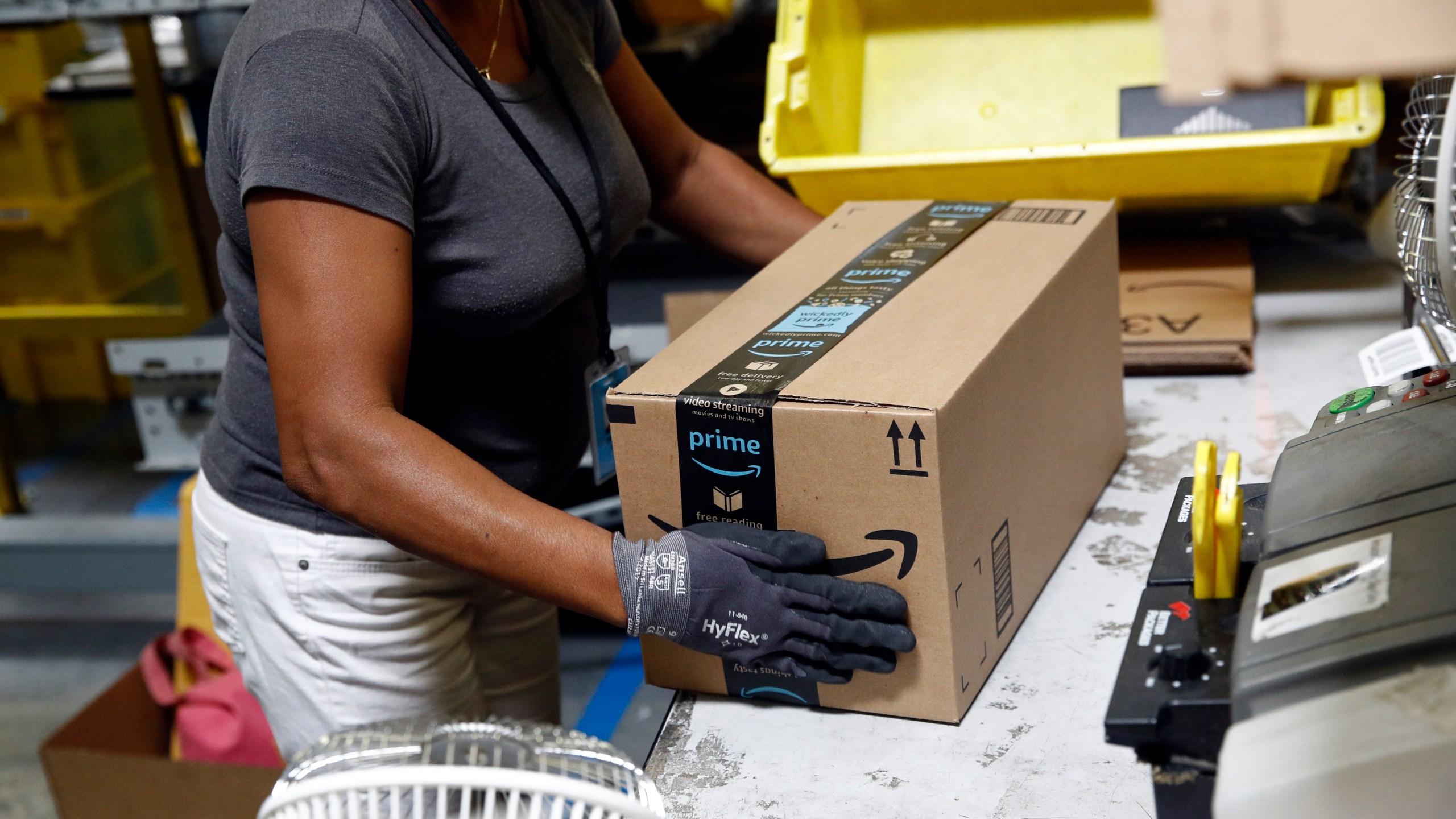 Amazon_Wages_Backlash_31779-159532.jpg70302614