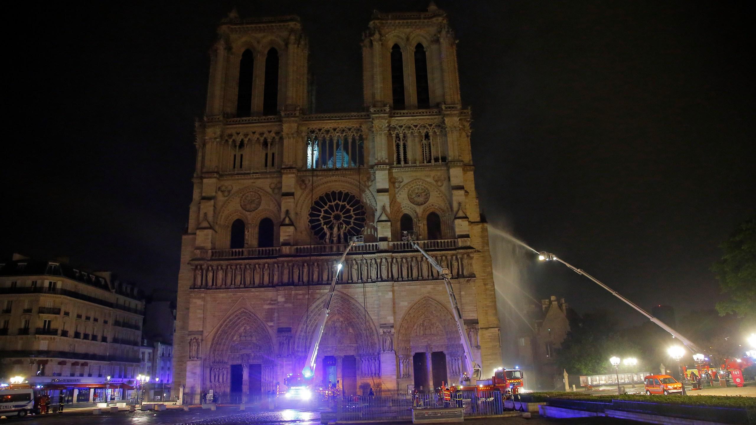 France_Notre_Dame_Fire_81715-159532.jpg81629159