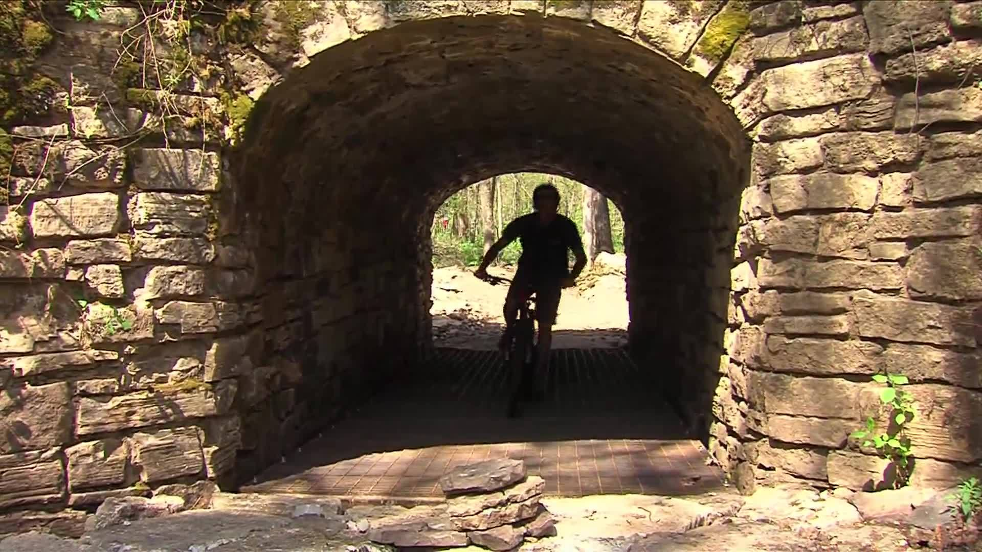 NW_Arkansas_Bike_trail_offers_something__7_20190430214948